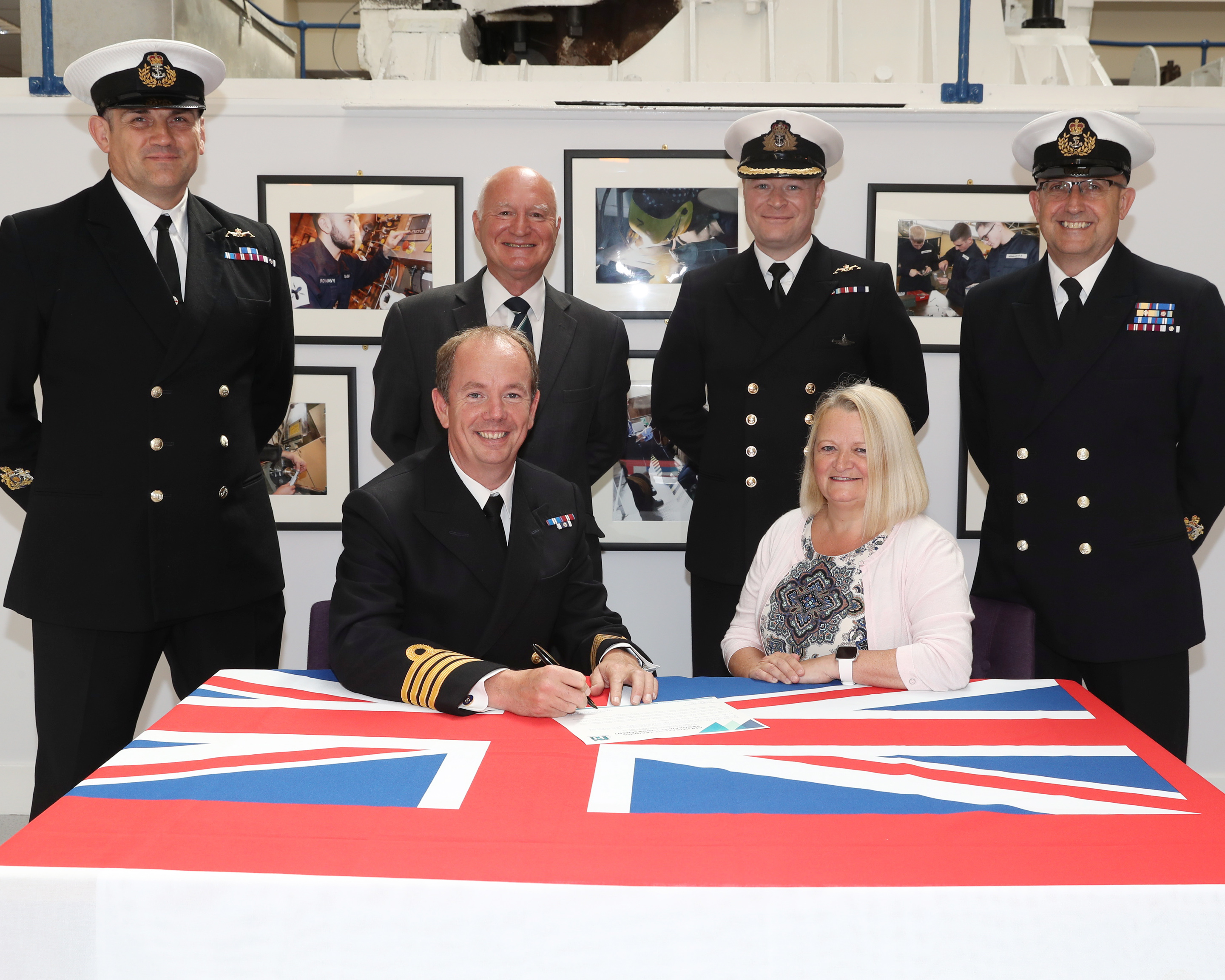Marine Engineering Submariners  Strengthen Ties With Nuclear Institute